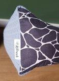Aankleedkussenhoes blauwe wafel met giraffe print_